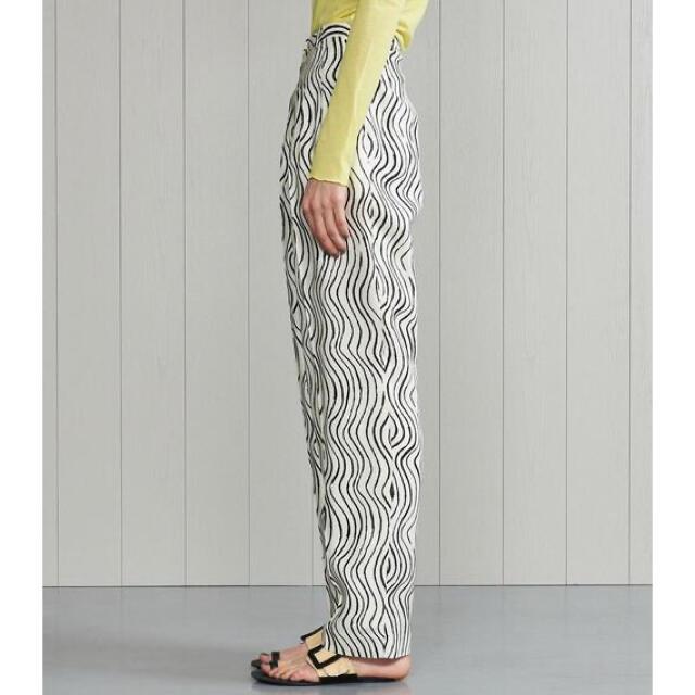 BEAUTY&YOUTH UNITED ARROWS(ビューティアンドユースユナイテッドアローズ)の <H>WAVE PRINT 3TUCK PANTS/パンツ M レディースのパンツ(カジュアルパンツ)の商品写真