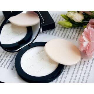 セフォラ(Sephora)の【No Color Pressed Powder】RCMA Cosmetics☆(フェイスパウダー)