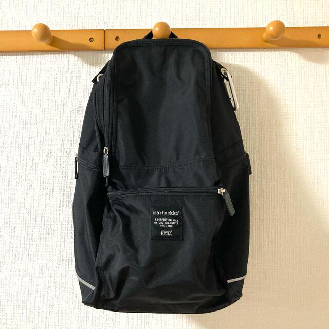 marimekko(マリメッコ)のマリメッコ リュックサックバディ黒 レディースのバッグ(リュック/バックパック)の商品写真