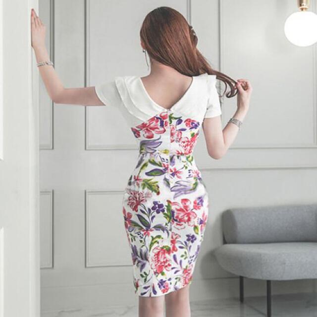 【本日限定セール】ROBE系 韓国 花柄切り替えスリット入りキャバドレス  レディースのフォーマル/ドレス(ナイトドレス)の商品写真
