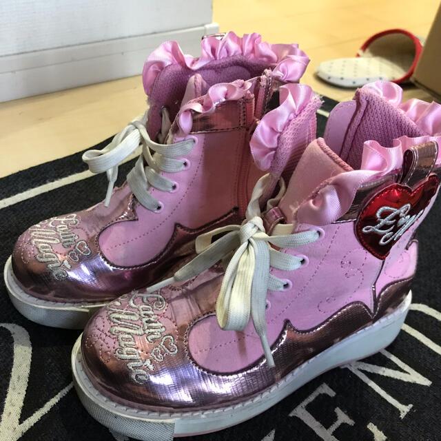 EARTHMAGIC(アースマジック)のアースマジック  🌸スニーカー18cm キッズ/ベビー/マタニティのキッズ靴/シューズ(15cm~)(スニーカー)の商品写真