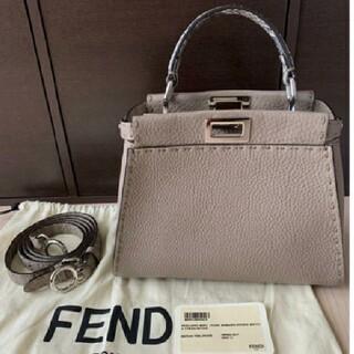 FENDI - 未使用品 フェンディ FENDI ミニピーカブー  セレリア コルダ