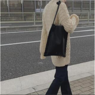 アーバンボビー(URBANBOBBY)の【新品】URBANBOBBY VANVES TOTE all leather(ショルダーバッグ)