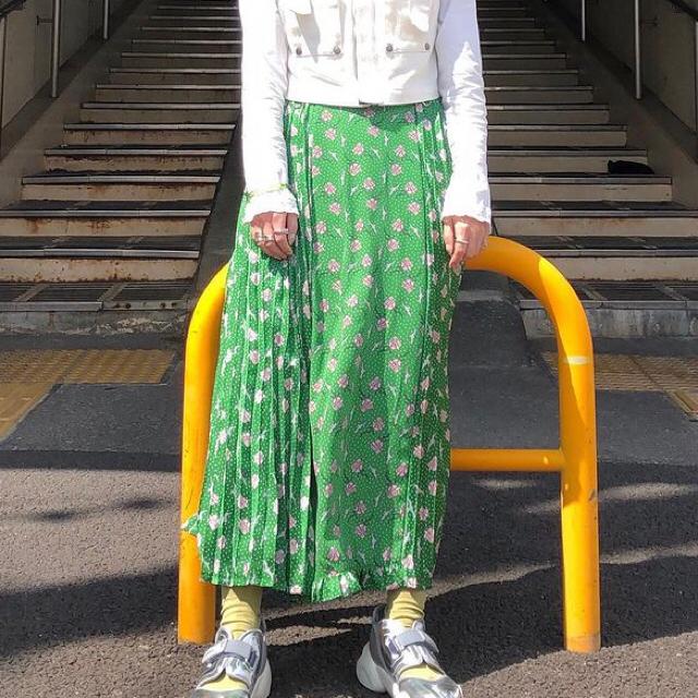 GU(ジーユー)のGU×UNDERCOVER ロングスカート Lサイズ レディースのスカート(ロングスカート)の商品写真