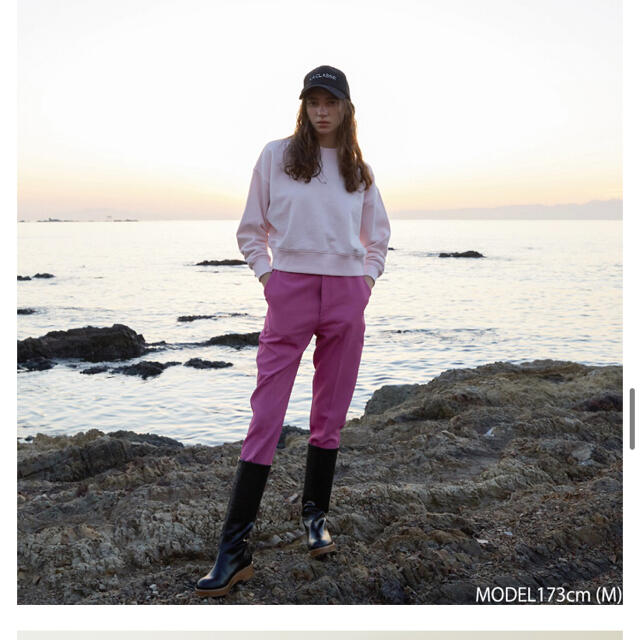 SeaRoomlynn(シールームリン)のSeaRoomlynn センタープレスSlimパンツ レディースのパンツ(カジュアルパンツ)の商品写真