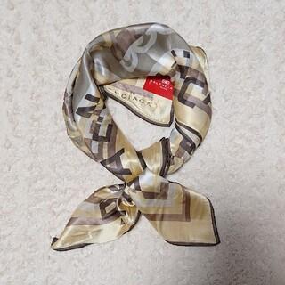 《未使用》シルク100% BALENCIAGA 85㎝×85㎝ スカーフ