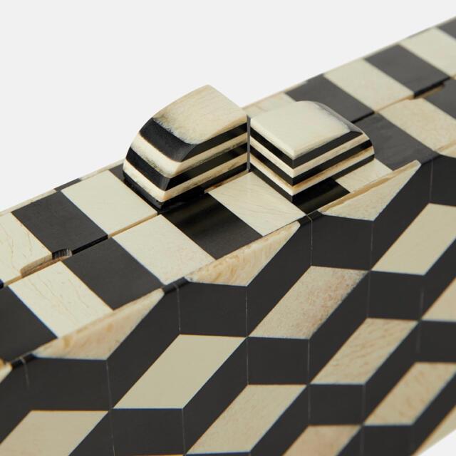ZARA(ザラ)のZARA ザラ チェーンショルダーバッグ レディースのバッグ(ショルダーバッグ)の商品写真