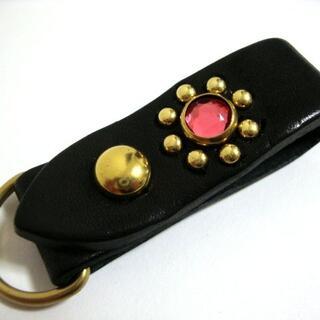 栃木レザー 真鍮スタッズループホルダー 黒(ピンクスポッツ)日本製(キーホルダー)