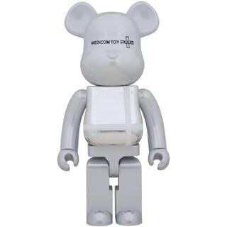 メディコムトイ(MEDICOM TOY)のBE@RBRICK WHITE CHROME Ver. 1000%(キャラクターグッズ)