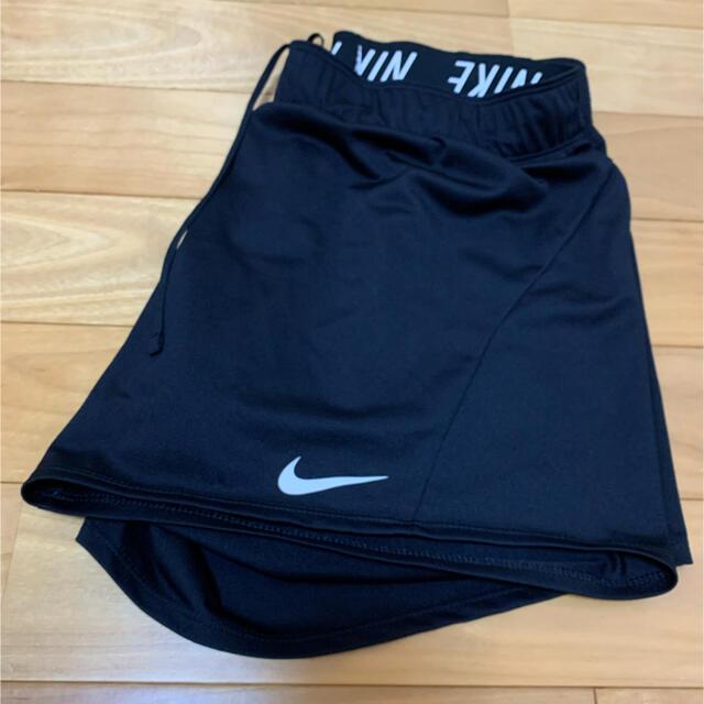 NIKE(ナイキ)のナイキ NIKE  ショートパンツ Lサイズ ブラック レディースのパンツ(ショートパンツ)の商品写真