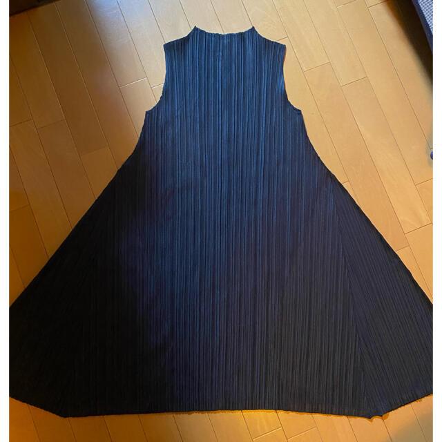 PLEATS PLEASE ISSEY MIYAKE(プリーツプリーズイッセイミヤケ)のPLEATS PLEASE ISSEY MIYAKE フレアワンピース レディースのワンピース(ひざ丈ワンピース)の商品写真