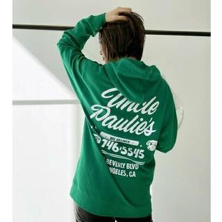 アパルトモンドゥーズィエムクラス(L'Appartement DEUXIEME CLASSE)のUNCLE PAULIE'S アンクルポーリーズ フーデッド スウェットシャツ(パーカー)