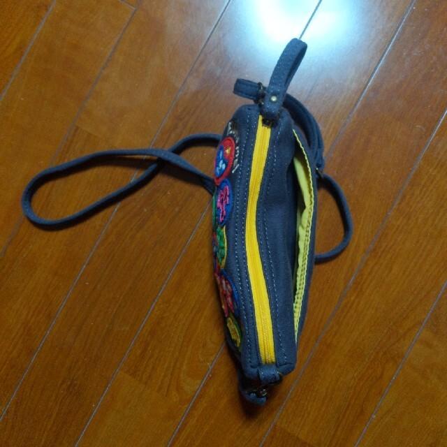 rough(ラフ)のポシェット マスクマン レディースのバッグ(ショルダーバッグ)の商品写真