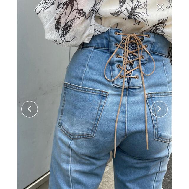 who's who Chico(フーズフーチコ)のチコ♡バックレースアップストレートデニム♡S レディースのパンツ(デニム/ジーンズ)の商品写真