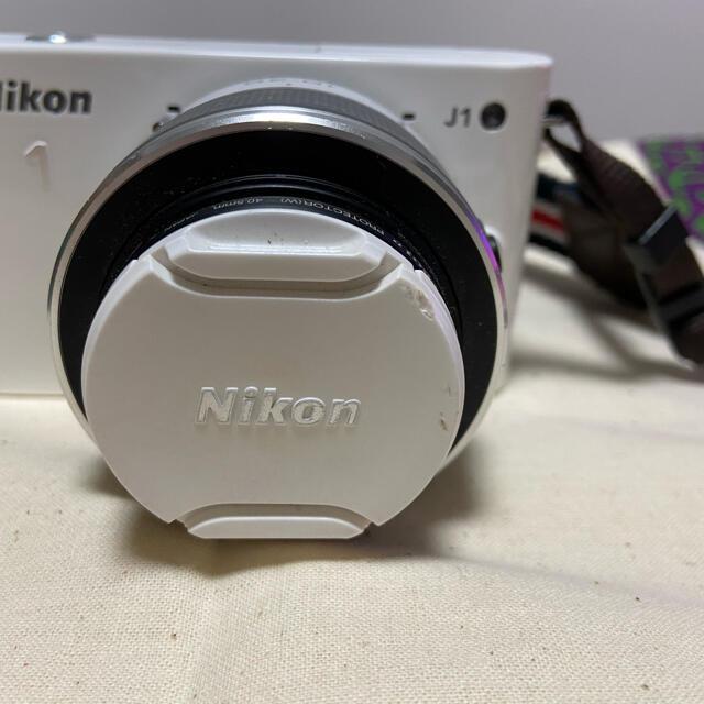 Nikon(ニコン)のNikon J1 カメラ スマホ/家電/カメラのカメラ(ミラーレス一眼)の商品写真