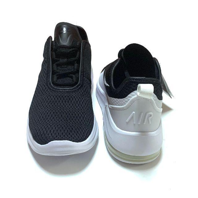 NIKE(ナイキ)の新品 ナイキ 25.5cm ウィメンズ エアマックス モーション2 スニーカー レディースの靴/シューズ(スニーカー)の商品写真