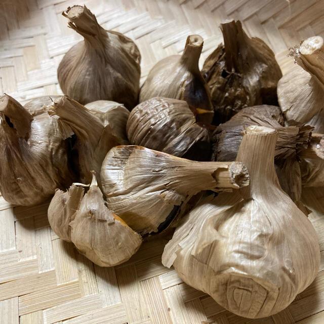 熟成黒にんにく 青森県産ニンニク 福地ホワイト6片 1か月分以上!! 食品/飲料/酒の食品(野菜)の商品写真