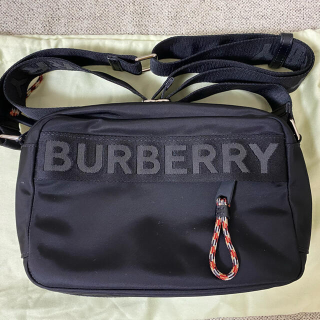BURBERRY(バーバリー)の【新品】バーバリー ショルダー メンズ ショルダーバッグ ナイロン メンズのバッグ(ショルダーバッグ)の商品写真