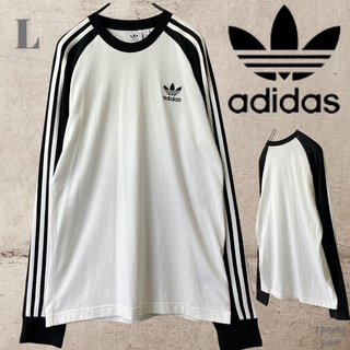 アディダス(adidas)の[古着]adidas アディダス Tシャツ 長袖 ロゴ 白黒(Tシャツ/カットソー(七分/長袖))