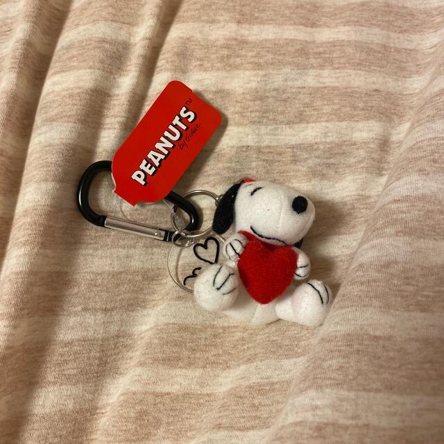 SNOOPY(スヌーピー)のスヌーピー キーホルダー カラビナマスコット エンタメ/ホビーのおもちゃ/ぬいぐるみ(キャラクターグッズ)の商品写真