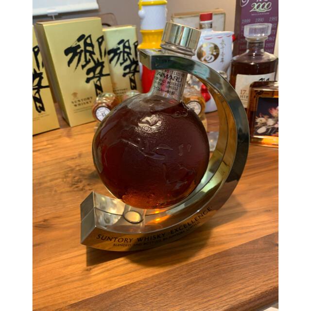 サントリー(サントリー)のサントリー エクセレンス  地球儀型ボトル  未開封 食品/飲料/酒の酒(ウイスキー)の商品写真