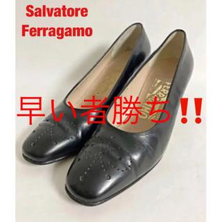 Salvatore Ferragamo - 【高級】Salvatore Ferragamo パンプス ウイングチップ レザー