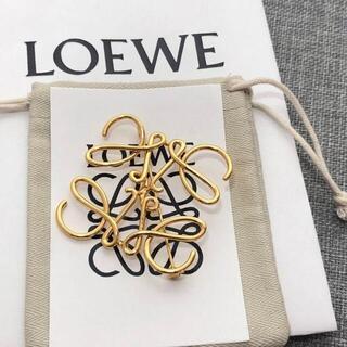 LOEWE - LOEWE ブローチ ゴールド