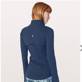 ルルレモン(lululemon)の新品タグ付きlululemon Define jacket 12(ヨガ)