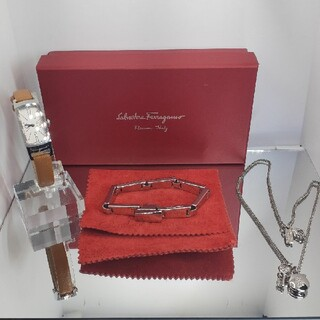 Salvatore Ferragamo - Ferragamo フェラガモ 腕時計 ブレスレット ネックレス 3点セット