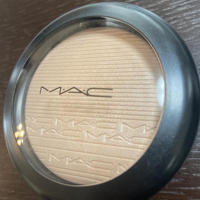MAC(マック)のMAC ハイライト ほぼ新品✨  コスメ/美容のベースメイク/化粧品(フェイスパウダー)の商品写真