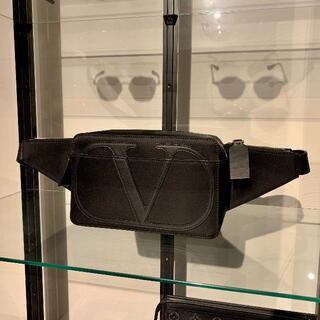 ヴァレンティノ(VALENTINO)の新品 正規 ヴァレンティノ ベルトバッグ ボディバッグ(ショルダーバッグ)