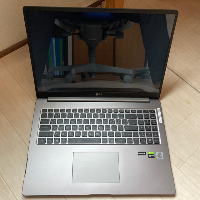 LG Electronics(エルジーエレクトロニクス)のLG ultragear gram + gtx 1650 17インチ スマホ/家電/カメラのPC/タブレット(ノートPC)の商品写真