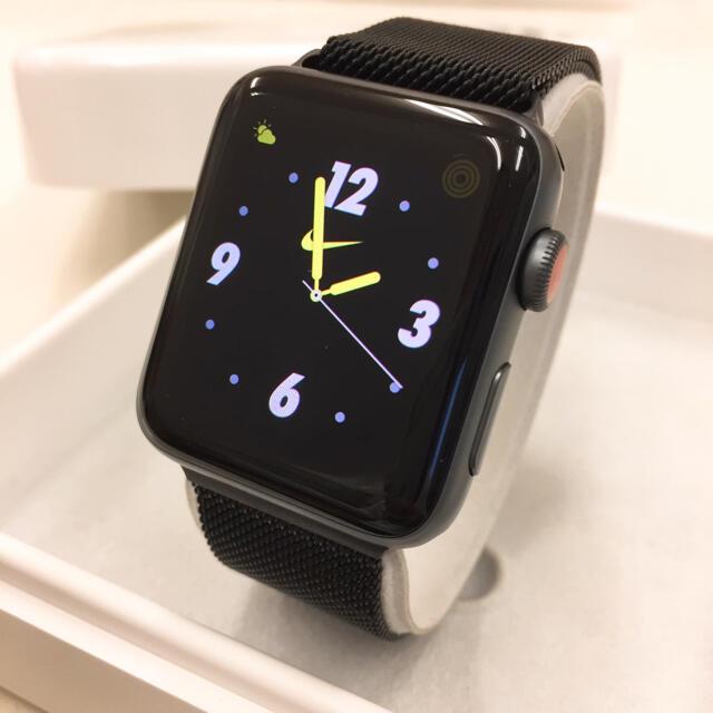 Apple Watch(アップルウォッチ)のApple Watch シリーズ3 NIKE セルラー アップルウォッチ メンズの時計(腕時計(デジタル))の商品写真