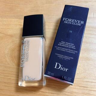 Dior - ディオール スキンフォーエヴァー フルイド グロウ