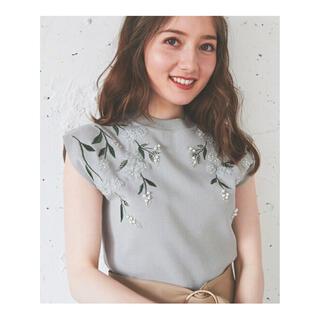 Noela - 【新品タグ付き】Noela 3Dフラワー刺繍ニット
