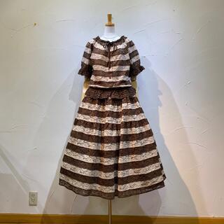 カネコイサオ(KANEKO ISAO)のカネコイサオ 定価12万7600円総レースブラウス&スカートのセット美品❗️(セット/コーデ)