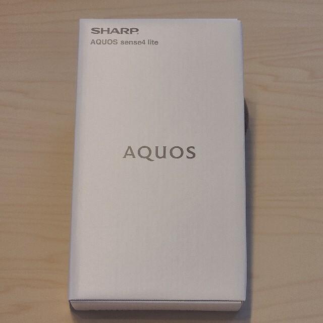 SHARP(シャープ)のAQUOS sense4 lite 新品/未使用/未開封 SH-RM15 ブラッ スマホ/家電/カメラのスマートフォン/携帯電話(スマートフォン本体)の商品写真