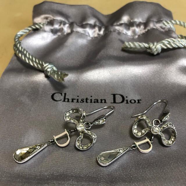 Christian Dior(クリスチャンディオール)のクリスチャンディオール ピアス リボン レディースのアクセサリー(ピアス)の商品写真