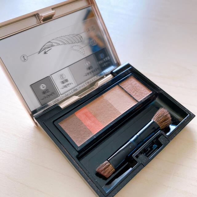 MAQuillAGE(マキアージュ)のマキアージュアイブロウスタイリング3D ロゼブラウン コスメ/美容のベースメイク/化粧品(パウダーアイブロウ)の商品写真