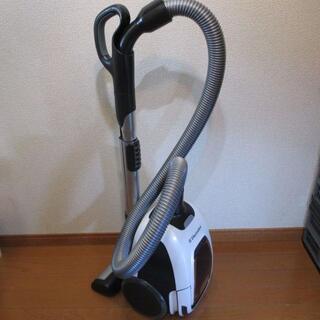 エレクトロラックス(Electrolux)のエルゴスリーパワー EET520AW 紙パック式掃除機(掃除機)