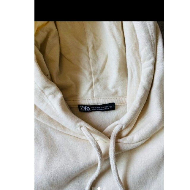 ZARA(ザラ)の【美品】ZARA カンガルーポケット付きフーディ レディースのトップス(パーカー)の商品写真