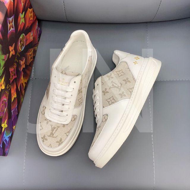 LOUIS VUITTON(ルイヴィトン)の✦  ❉ ルイヴィトン➢  ➣スニーカー⋌  ⋚  ⊰ メンズの靴/シューズ(スニーカー)の商品写真