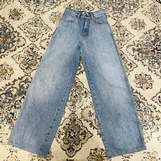 UNIQLO - ユニクロ ワイドフィットカーブジーンズ 22サイズ