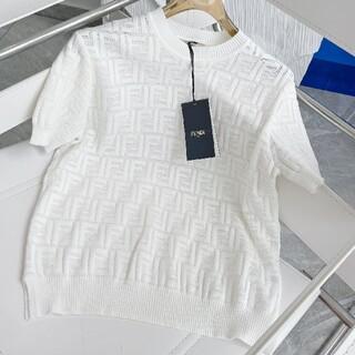 FENDI - 🌟大人気品🌟FENDIフェンディ ニット セーター M