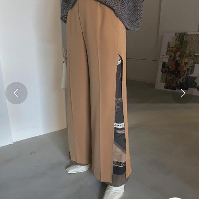 Ameri VINTAGE(アメリヴィンテージ)のMEDI TWIN CHEETAH SCARF PANTS レディースのパンツ(カジュアルパンツ)の商品写真
