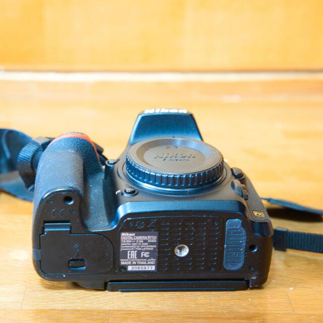 Nikon(ニコン)のNikon D750 ボディ スマホ/家電/カメラのカメラ(デジタル一眼)の商品写真