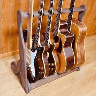 ギブソン(Gibson)の【24時間以内に発送】手作り木工 ギタースタンド (チーク) 5本掛け(エレキギター)