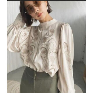 Ameri VINTAGE - Ameri lady embroidery puff blouse