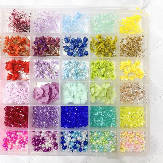 豪華 ハーバリウムボールペン レジン 花材セット 42種類 気まぐれ素材 ハンドメイドのフラワー/ガーデン(ドライフラワー)の商品写真