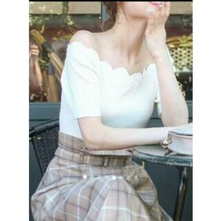 ロイヤルパーティー(ROYAL PARTY)の【新品・未使用】ROYAL PARTY 刺繍スカラップニット(Tシャツ(半袖/袖なし))